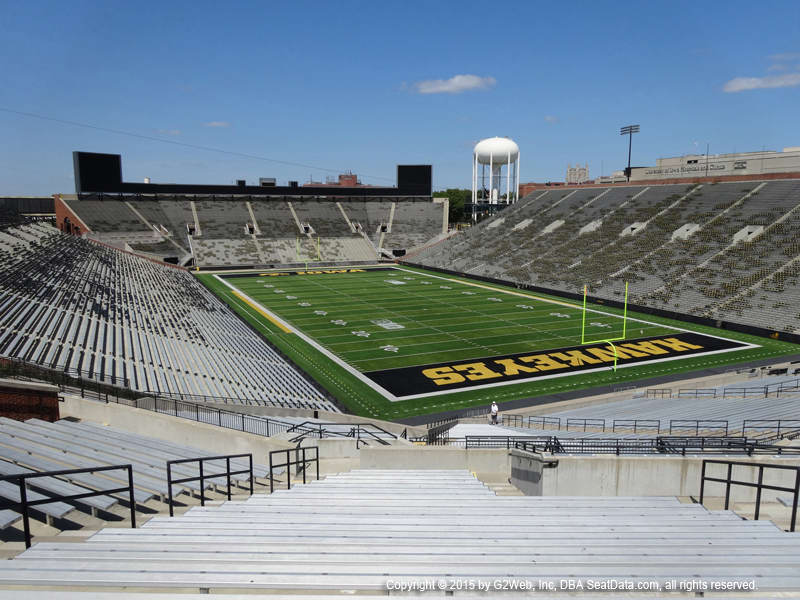 Kinnick Stadium View From Student Section 220 Vivid Seats